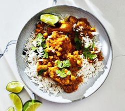 This easy curry chicken dinner has 32 grams of protein